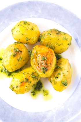 patatas-asadas-con-pesto-3
